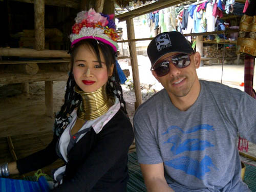 Visiting Long Neck Tribe in Chiang Mai.. Pretty girl but wow- seems so hard right?